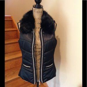 WHBM Gorgeous down vest. Faux fur collar.